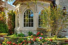 These arched windows are gorgeous