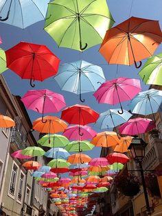 Esernyők, Agueda, Portugália