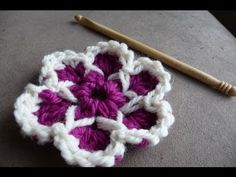 Crochet Cute As A Button Flowers - video Tutorial
