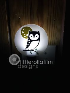 Owls Home Sweet Home Welcome Canvas Night Light w// Bulb /& Swivel Outlet NEW