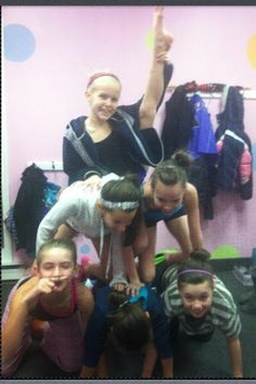 Pyramid at dance so crazy!! Try it!!!!
