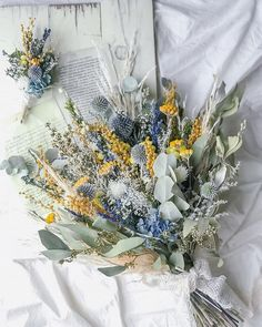 Dried Flowers Bouquet Maroon And Blue Wedding Theme Dried St John'S Wort Use Non Floral Wedding Centerpieces Dried Flower Bouquet, Peonies Bouquet, Diy Bouquet, Hand Bouquet, Flower Bouquet Wedding, Lavender Flowers, Fake Flowers, Dried Flowers, Beautiful Flowers