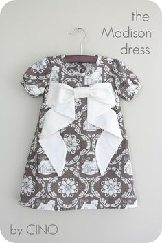 the Madison dress (and other baby dress tutorials) Fashion Kids, Look Fashion, Dress Fashion, Fashion Clothes, Fashion Dolls, Spring Fashion, Fashion Shoes, Diy Clothing, Sewing Clothes