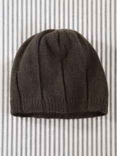 Hat for guys, couldn't find the pattern, but looks easy enough.