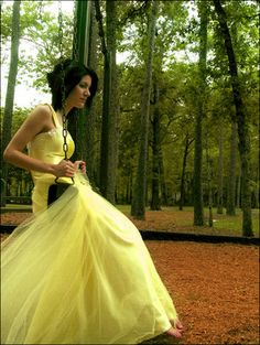 Yellow wedding dress meaning