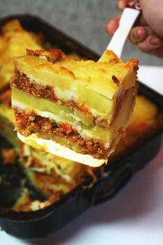 Moussaka-Musaca de cartofi Lasagna, Food And Drink, Ethnic Recipes, Lasagne