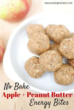 With only 6 ingredients, these no bake apple peanut butter energy bites are an easy-to-make healthy snack! Just mix in a food processor, roll into balls...