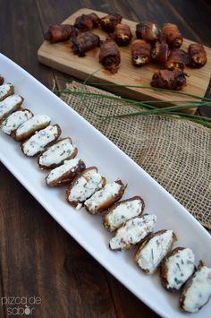 Dátiles rellenos de queso de cabra y nuez + Dátiles rellenos envueltos en tocino www.pizcadesabor.com