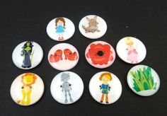 10 Wizard of Oz Buttons.  Set of 10 Wizard of Oz by buttonsbyrobin