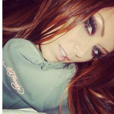 Jenna Jameson - that great hair colour emphasizes her gorgeous eyes