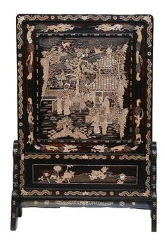 Antique Chinese hand crafted palatial, lacquered wooden screen having intricate Mother of Pearl inlay depicting a palatial courtyard scene. Verso having inlaid archaic calligraphy characters. Mid to late Qing Dynasty, century. Chinese Furniture, Asian Furniture, Wooden Screen, Asian Decor, Modern Wallpaper, Screen Design, Chinese Antiques, Chinese Art, Chinoiserie