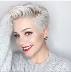 Sweet and Sexy Pixie Hairstyles for Women. Pixie haircut is one of the most popular and beloved hairstyles of recent times. Short Blonde Haircuts, Cool Short Hairstyles, Pixie Hairstyles, Short Hair Cuts, Blonde Hairstyles, Haircut Short, Short Wavy, Medium Hair Styles, Long Hair Styles