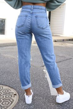Valerie Vintage Denim Jeans - RESTOCK The Effective Pictures We Offer You About Women's Jeans style A quality picture can tell you many things. You can find the most beautiful pictures that can be pre Guys Ripped Jeans, Denim Jeans, Black Bootcut Jeans, Jeans Boyfriend, Ripped Denim, Black Skinnies, High Jeans, Skinny Jeans, Casual Jeans