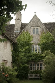 Kelmscott Manor | TRAVEL - Age Old Tree William Morris, founding father of Arts & Crafts
