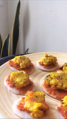 A yummy breakfast Crock Pot Sandwich Recipes, Vegetarian Sandwich Recipes, Healthy Breakfast Recipes, Healthy Recipes, Healthy Indian Snacks, Maggi Recipes, Crockpot, Dinner Sandwiches, Brunch