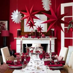 red dining room Google Image Result for http://3.bp.blogspot.com/-kDMyaZNYQaI/T1ezyy8nLUI/AAAAAAAABQw/mriNgxMX2Ps/s640/Contemporary-Red-Dining-Room-with-Beautiful-Lighting-2.jpg