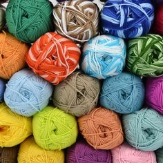 This is the yarn which I prefer to use for my woven straps. It is a 6 ply, sport weight cotton, Omega Sinfonia. ~Annie MacHale, ASpinnerWeaver