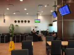 Mera Business Lounge Terminal 2 Cancun CUN review - Everybody Hates A Tourist