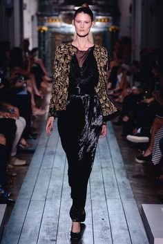 """Pansuit ensemble """"Rêves d'Orient"""" with gold and jet embroideries."""