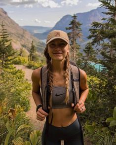 Summer Hiking Outfit, Mountain Hiking Outfit, Hiking Outfits, Camping Outfits, Vacation Outfits, Summer Outfits, Mode Du Bikini, The Last Summer, Granola Girl