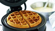 Hygge, Yummy Eats, Yummy Food, Waffle Iron, Pancakes And Waffles, Sweet Bread, Cakes And More, Love Food, Sweet Recipes