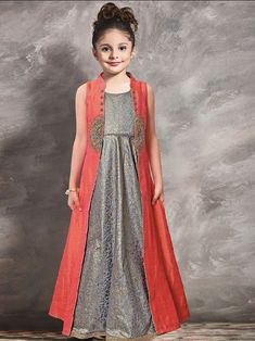 70 Ideas Dress Hijab Gowns Style Source by dresses hijab Baby Girl Party Dresses, Little Girl Dresses, Baby Dress, Dress Party, Winter Dress Outfits, Kids Outfits, Gowns For Girls, Girls Dresses, Trendy Dresses