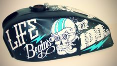 Custom painted motorcycle tank | Tanked Exhibition by Clement de Bruin