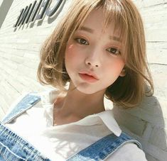 Read from the story ulzzang girls Girl Short Hair, Short Girls, Cute Korean Girl, Asian Girl, Korean Beauty, Asian Beauty, Uzzlang Girl, Short Bob Hairstyles, Aesthetic Girl