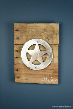 A perfect gift for the Texas Ranger in your life, this stunning piece of art is the perfect blend of Iconic Metal married to reclaimed pieces of barn wood, resulting in rustic yet elegant artwork. Eac