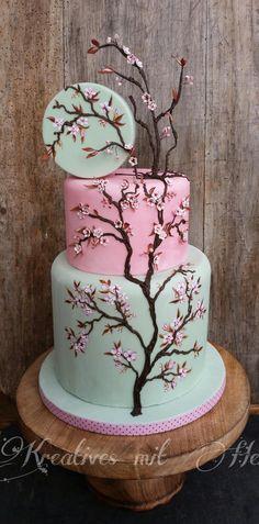 beautiful cherry blossom cake by Kreatives mit Herz