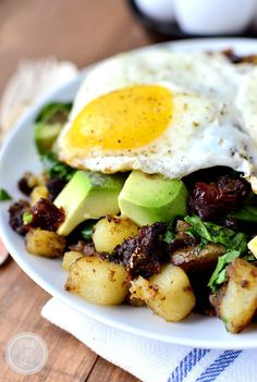 Spinach, Avocado and Sun-Dried Tomato Home Fries Skillet