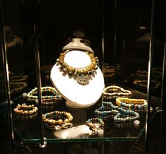 Early medieval Slavic necklaces, Poland