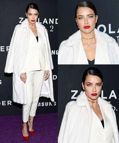 Ê mulher linda, né gente? Ainda mais vestida num look desses! Adriana Lima esteve incrível na Estréia de Zoolander 2, num look branco com detalhes vermelho (scarpin e batom) e preto (blusa). Arrasou!