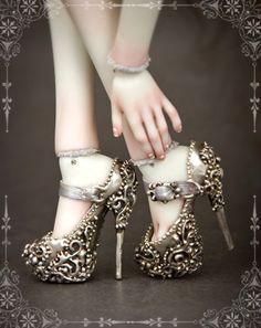 Marina Bychkova's Enchanted Dolls' accessories - Stiletto steampunk doll shoes.