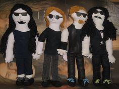 Yeah!! Metallica dolls