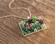 Freaking cool idea: Succulent Garden Necklace