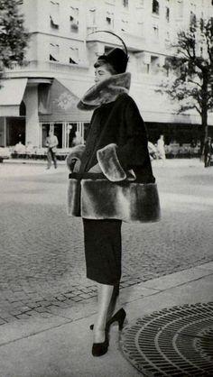 1949  Robert Piguet