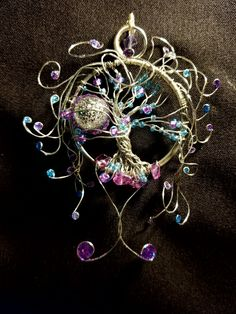 created this one out of silver wire as well but this one has purple and baby blue beads. Also ready for any 👸 Princess wouldn't you say? Wire Wrapped Jewelry, Wire Jewelry, Jewelry Art, Beaded Jewelry, Jewelery, Dream Catcher Jewelry, Wire Trees, Wire Pendant, Embroidery Jewelry