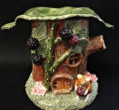 Mouse and Bramble Oil Burner