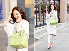 '동안 미모' 박주미, 원조 여신의 봄 외출 패션 http://www.fashionseoul.com/?p=24763