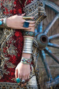 Grand jewelry ... Bangle Stacking Bohemian (and how about that top?)