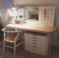 My New Makeup Table!   Aslan's DIY Project