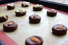 """The perfect """"sit down and talk"""" cookie. Two bites with lots of chocolate flavor. Yummy Recipes, Dessert Recipes, Yummy Food, Desserts, Juniper Berry, Almond Cookies, Chocolate Flavors, Almonds, Yummy Treats"""
