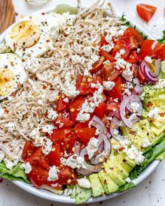Shredded Chicken Cobb Salad for Simple and Delicious Clean Eating! Easy Salad Recipes, Easy Salads, Clean Recipes, Veggie Recipes, Lunch Recipes, Healthy Recipes, Veggie Food, Summer Salads, Turkey Recipes