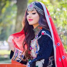 Shared by Bahar Afg. Find images and videos about nice girl, afghan and Afghanistan on We Heart It - the app to get lost in what you love. Beautiful Blonde Girl, Beautiful Girl Photo, Beautiful Girl Indian, Cute Girl Poses, Cute Girl Pic, Cool Girl, Stylish Girls Photos, Stylish Girl Pic, Girl Pictures