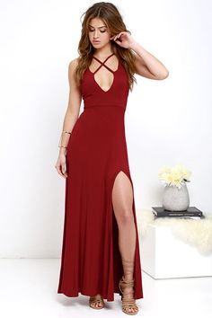 Cute and comfy is what the jersey knit Fame to Claim Red Maxi Dress is all about! Darted bodice has a plunging neckline decorated by crisscrossing bands, and is supported by adjustable spaghetti straps. Sweeping maxi skirt (with side slit) completes the casual but chic silhouette.