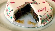 bakerdays Christmas letterbox cake review - Cup Of Toast