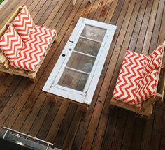 DIY coffee table and porch love seats - summer vibes