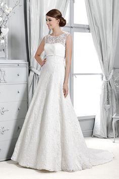 Brautkleid aus der Agnes by Mode de Pol Kollektion 2015 :: bridal dress with illusion from the 2015 Agnes collection by Mode de Pol.