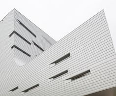 Image 5 of 19 from gallery of Family House Sankt Augustin / Graft. Photograph by Tobias Hein German Architecture, Cultural Architecture, Contemporary Architecture, Architecture Details, Interior Architecture, Building Facade, Building Design, Ronald Mcdonald House, Gallery